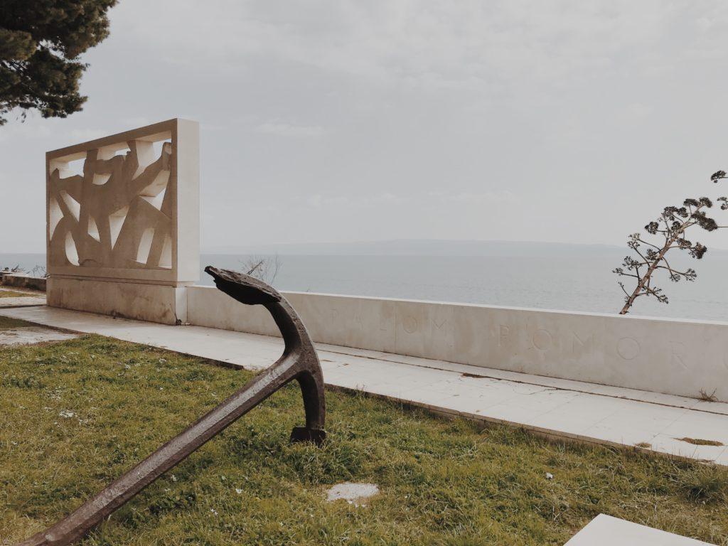 Tomb of unknown seaman Split