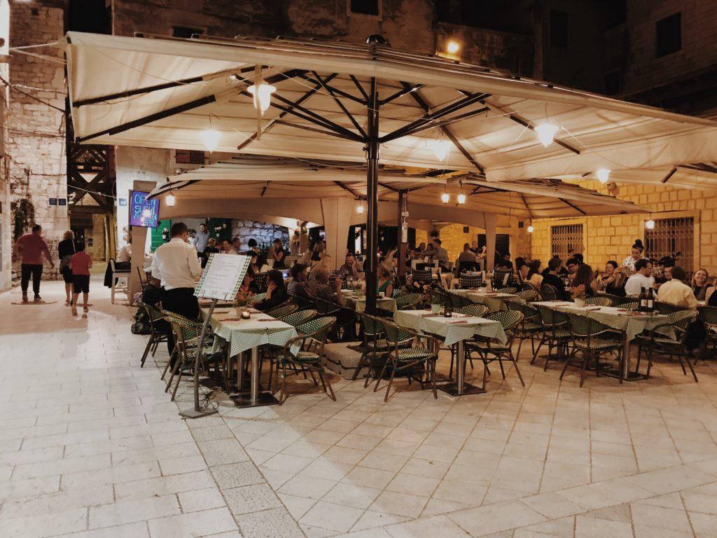 Carrarina Poljana square Split