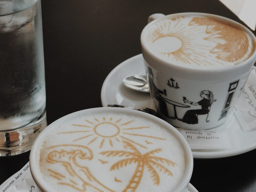 You can drink coffee with a picture or a message