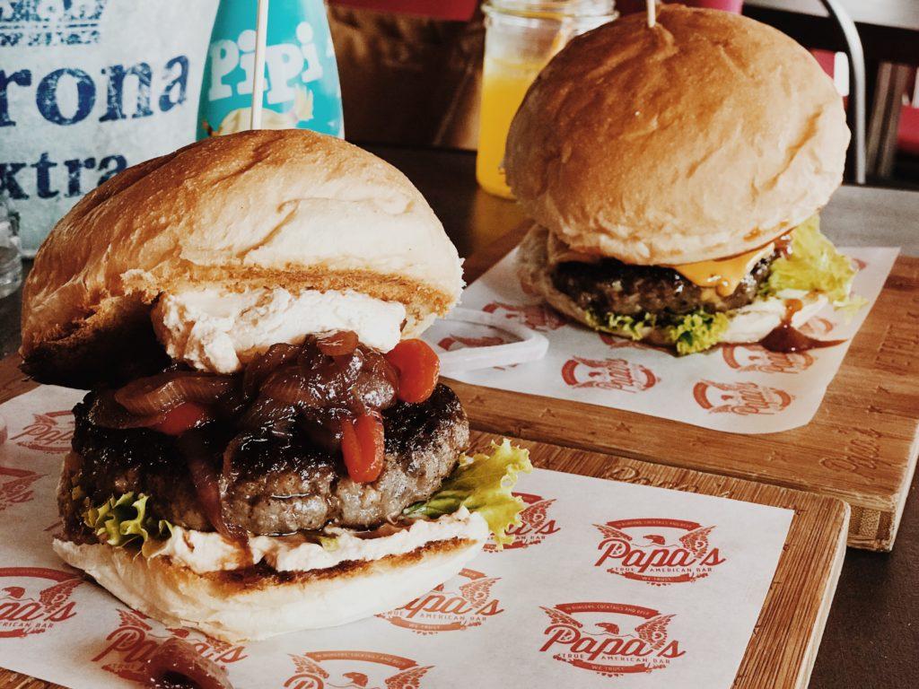 Papa's American Bar Split