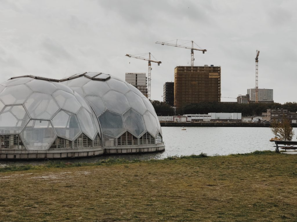 Solar-Powered Floating Pavilion is an Experimental Climate-Proof Development