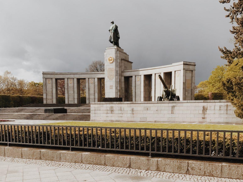 Soviet War Memorial in Tiergarten, Berlin