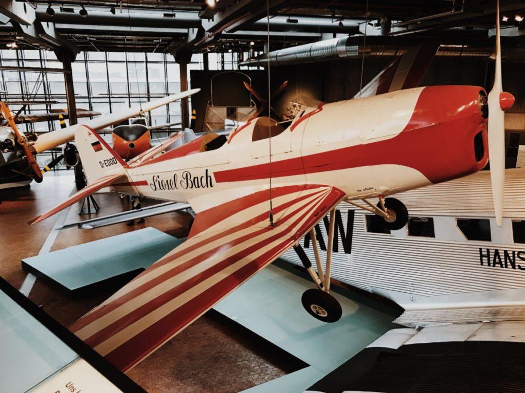 Sportflugzeug KI 35, Liesel Bach