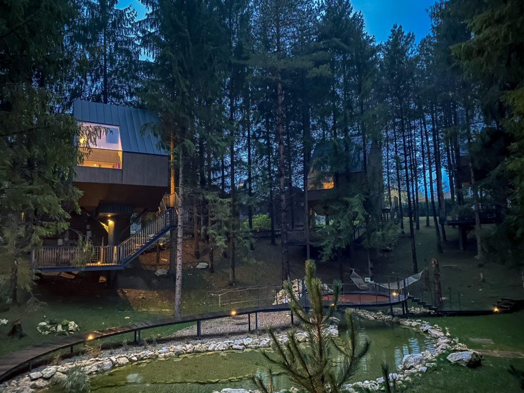 These tree houses in Croatia are very popular! See why