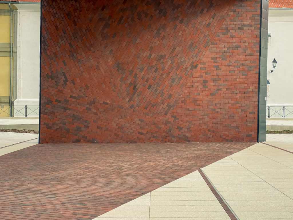 Brick wall pattern in many ways